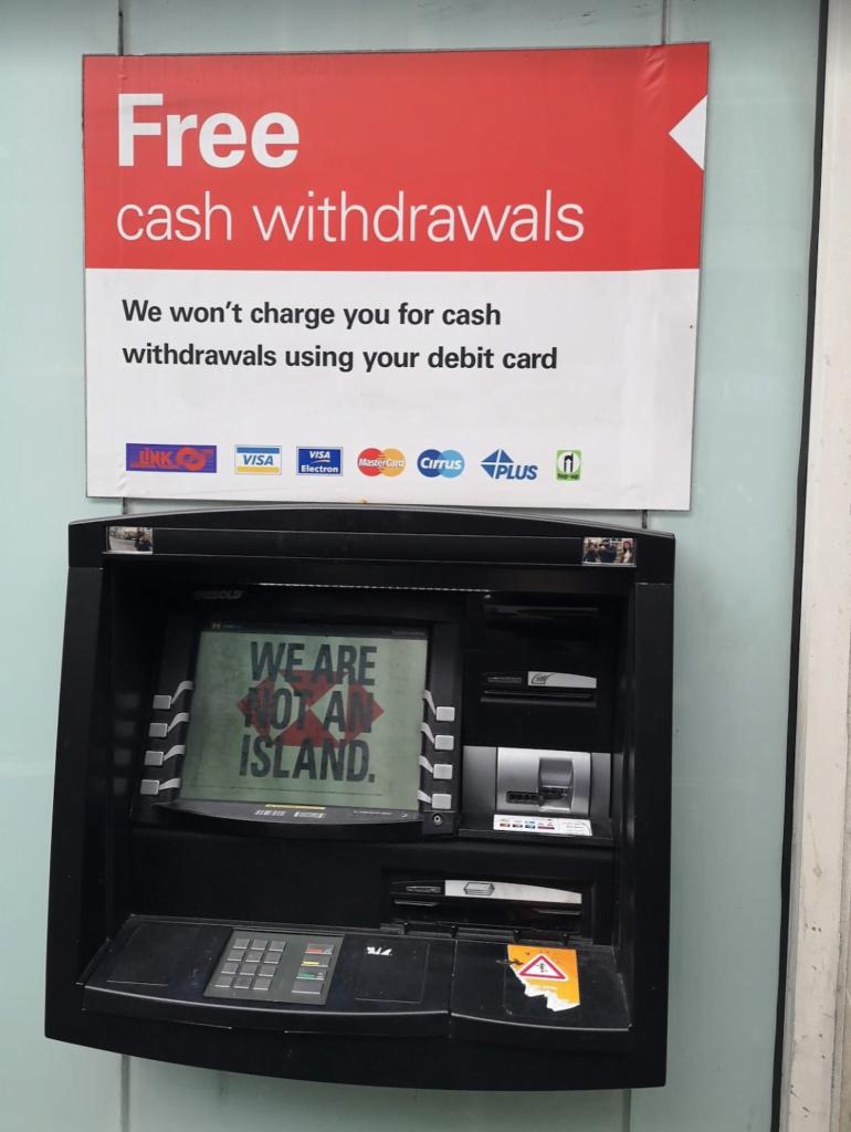 Máquinas ATM sem custos em Londres